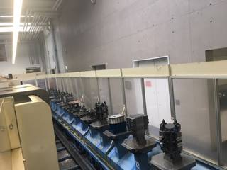 Mazak Variaxis 500 5X - Production line 2 machines / 14 pallets, Fräsmaschine Bj.  2005-6