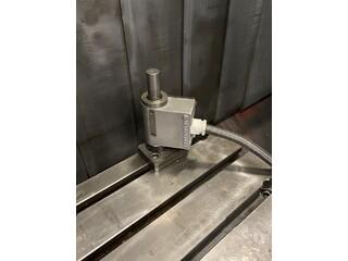 Fräsmaschine Mazak VTC 200 B-8