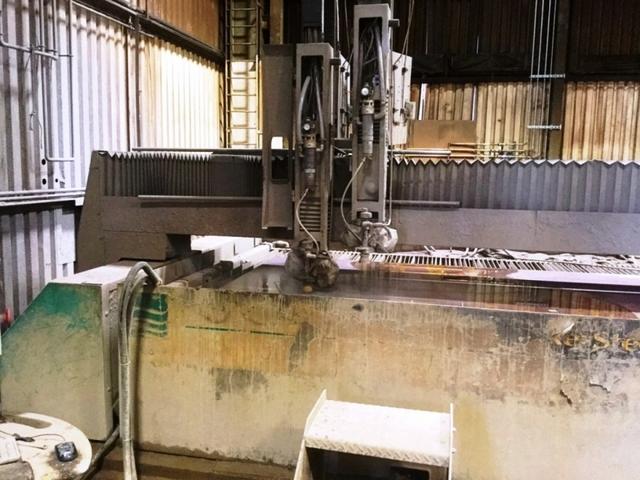 mehr Bilder FLOW WMC 4030 CNC Wasserstrahlschneiden