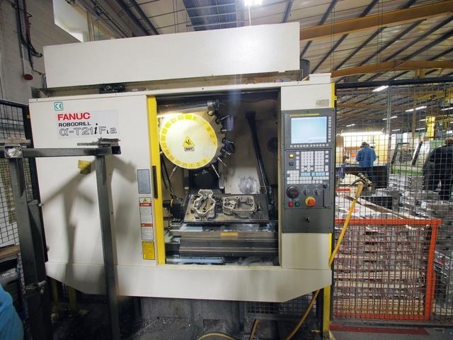 mehr Bilder Fräsmaschine Fanuc Robodrill α-T21iFL