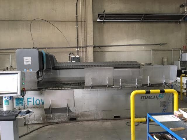 mehr Bilder Flow Mach 3 IFB XD CNC Wasserstrahlschneiden
