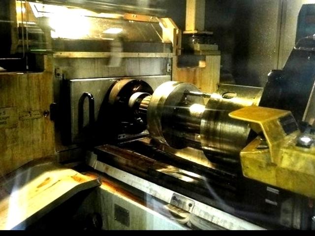 mehr Bilder Verzahnungsmaschine Grob ZRM 12 NC DR A890 Kaltwalzmaschine/coldforming