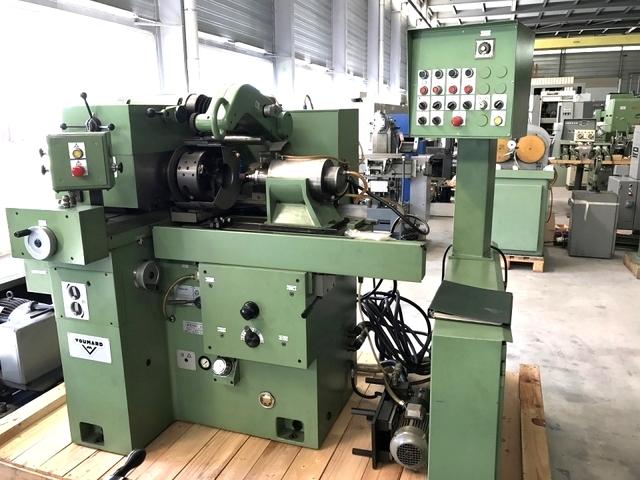 mehr Bilder Schleifmaschine Voumard 3 A